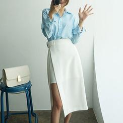chuu - Buckled-Waist Overlay Midi Skirt