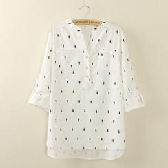 Tangi - V-neck Print Blouse