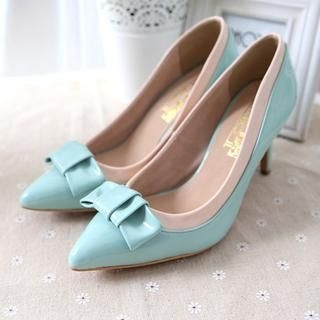 AM Chics - Bow Accent Color-Block Pumps