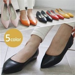 Reneve - Pointy-Toe Flats