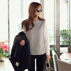 REDOPIN - Long-Sleeve Dip-Back Check Top