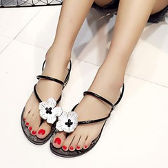 Charming Kicks - Floral Loop-toe Flip-flops