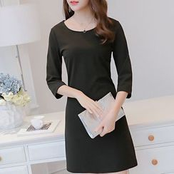 Q.C.T - 3/4-Sleeve Knit A-Line Dress