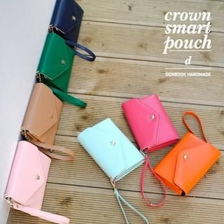 Crown Series Wristlet