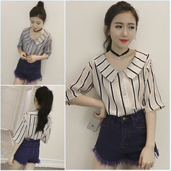 QZ Lady - Peter Pan-Collar Striped Chiffon Blouse