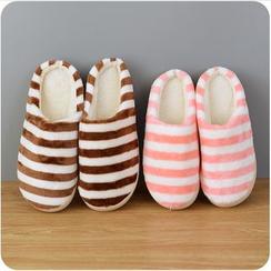 VANDO - Striped Fleece Slippers