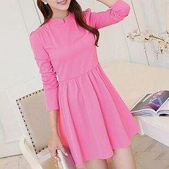 Q.C.T - Long-Sleeve Pleated Dress