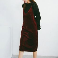 SUYISODA - Spaghetti-Strap Velvet Pinafore Dress