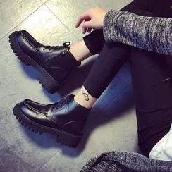 Laceuplux - Lace-Up Platform Ankle Boots