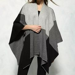 Chicsense - Patterned Knit Cape