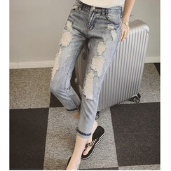 MAVIS - Distressed Cropped Jeans