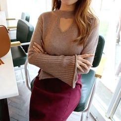 DABAGIRL - Cutout-Front Bell-Sleeve Knit Top