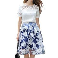 Jolly Club - Set: Short-Sleeve Lace Top + Floral Skirt