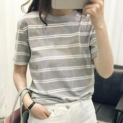 Eva Fashion - Short-Sleeve Striped T-Shirt