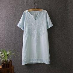 Blue Rose - Embroidered Short Sleeve Dress
