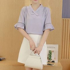 Queen Bee - Short Sleeve V-Neck Chiffon Blouse
