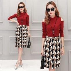 Ekim - Set: Cut Out Shoulder Long Sleeve Knit Top + Patterned Skirt