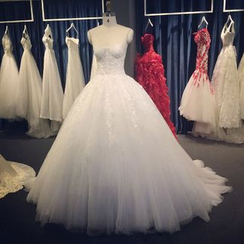 YACCA - Bandeau Lace Wedding Ball Gown With Train