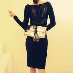 Isadora - 后蕾丝长袖塑身连衣裙