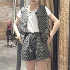 MayFair - Set: Plain Short-Sleeve T-Shirt + Stripe Buttoned Vest + Stripe Shorts