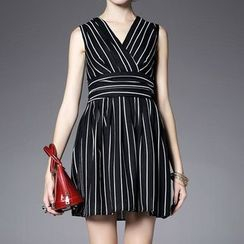 Alaroo - Sleeveless V-Neck Striped Dress