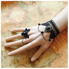 Amina - Vintage Lace Ring Bangle