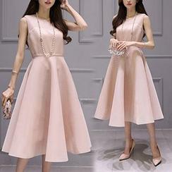 Ashlee - Sleeveless Frilled A-line Midi Dress