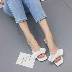 Wello - Bow Accent Chunky Heel Slide Sandals