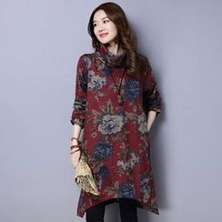 Supernova - Floral Print Turtleneck Long-Sleeve Dress