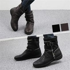 Reneve - Zip-Trim Shirred Short Boots
