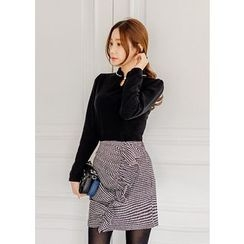 J-ANN - Frilled Houndstooth Wool Blend Mini Skirt