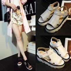 Shoes Galore - Platform Sandals