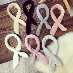 Dollu - 毛毛圍巾