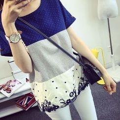 Gemuni - Embroidered Panel Short-Sleeve T-shirt