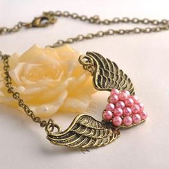 Fit-to-Kill - Wings Pearl Necklace