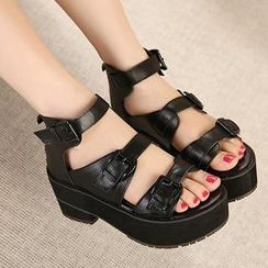 Mancienne - Faux-Leather Buckled Sandals