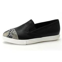MODELSIS - Snake-Grain Genuine Leather Slip-Ons