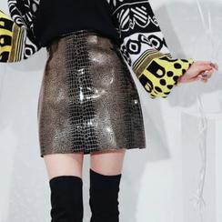 DABAGIRL - Snakeskin Print Patent Mini Skirt