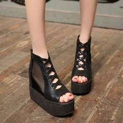JY Shoes - Inset Mesh Platform Sandals
