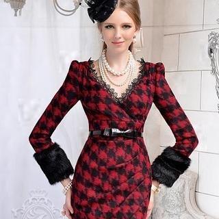 Dabuwawa - Wool-Blend Houndstooth Sheath Dress