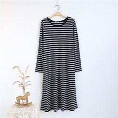 Janseed - 长袖条纹T恤连衣裙