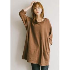 GOROKE - V-Neck Pocket-Side Long T-Shirt