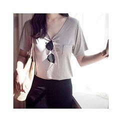MASoeur - Round-Neck Pocket-Front T-Shirt