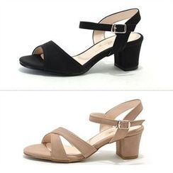MODELSIS - Buckled Chunky-Heel Sandals(2 Designs)