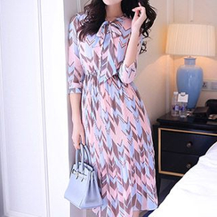 Romantica - 3/4-Sleeve Chiffon Dress