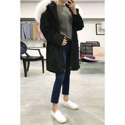 OZNARA - Faux-Fur Hooded Zip Coat