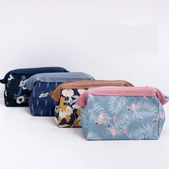 Cutie Bazaar - Printed Cosmetic Bag
