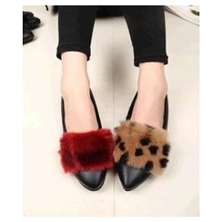 Chryse - Furry Pointy Flats