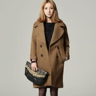 SARAH - Wide-Collar Double-Breasted Coat