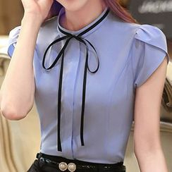 Caroe - Bow Short-Sleeve Blouse